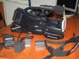 Продаю  видеокамеру   плечевую